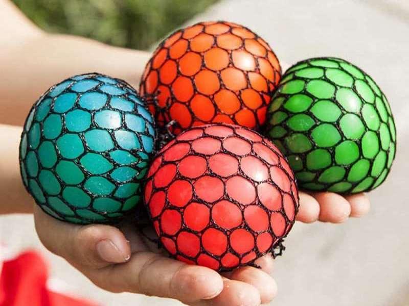 Яркие мячики
