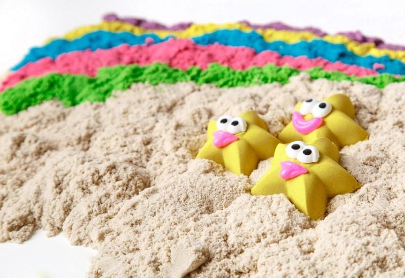 Из обычного песка