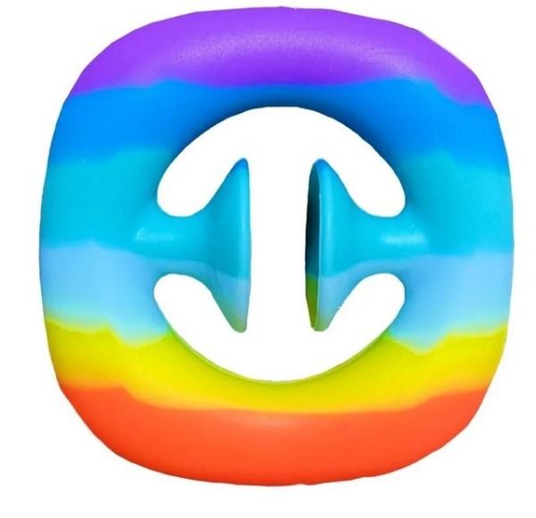 Разноцветная игрушка